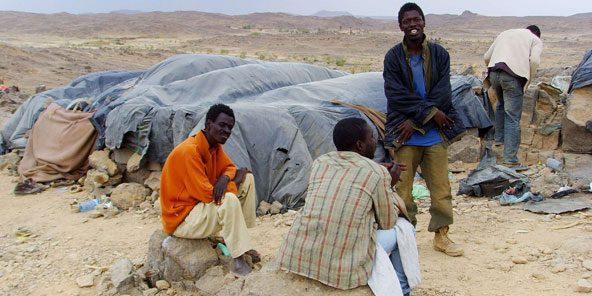 Algérie: HRW dénonce le traitement réservé  aux migrants africains