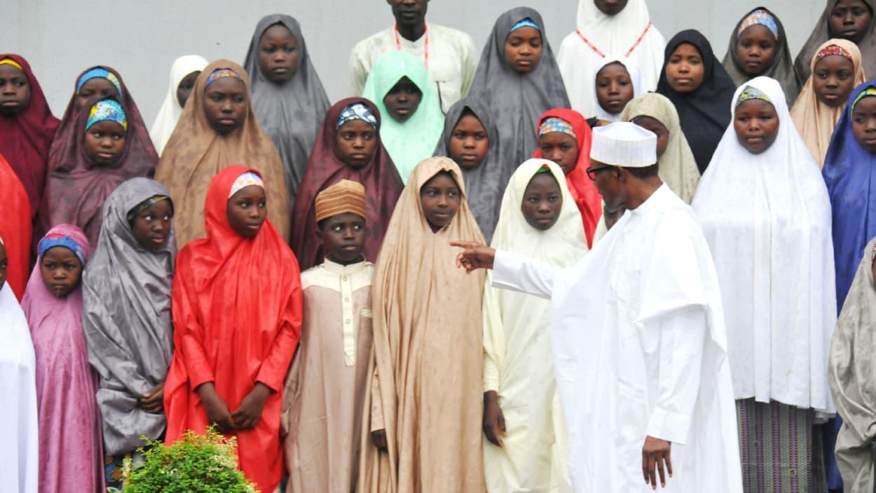 Les écolières libérées par Boko Haram de retour à Dapchi — Nigeria